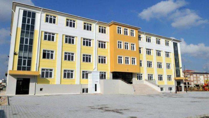 17 Aralık Pazartesi Antalya'da Okullar Tatil mi?