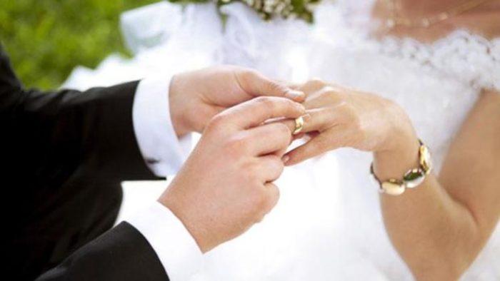 Evlilik ile Türkiye'de Oturma İzni Nasıl Alınır?