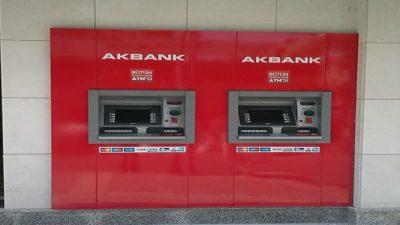 Akbank Başkasının Hesabına ATM'den Para Yatırma